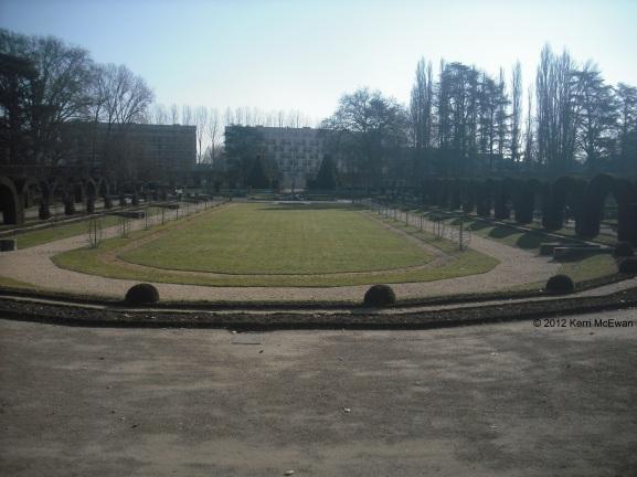 bourges-jardin-des-pres-fichaux-2012
